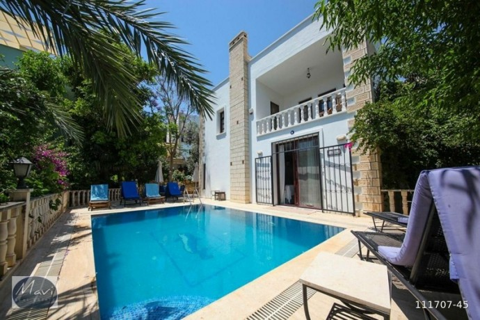 villa-in-kalkan-center-with-high-rental-income-turkey-property-big-1