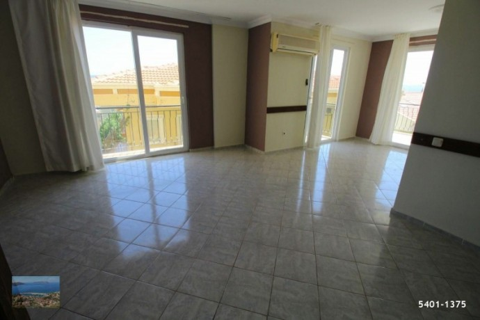21-large-apartment-for-sale-in-kas-center-turkish-property-big-6
