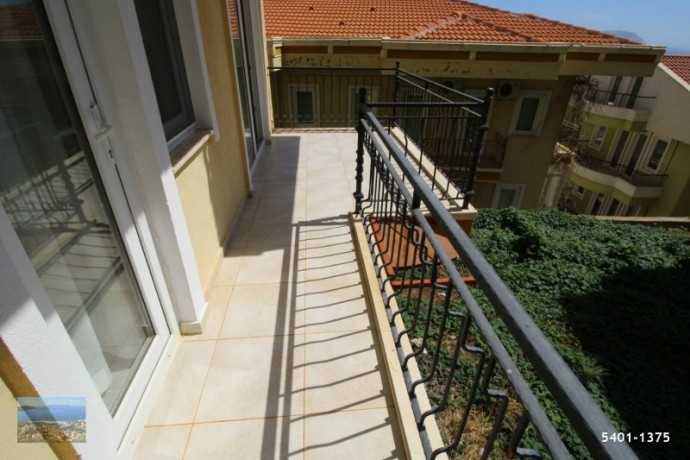 21-large-apartment-for-sale-in-kas-center-turkish-property-big-10