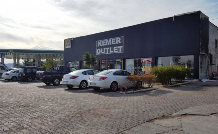 kemer-commercial-store-for-rent-450-m2-on-main-road-big-0