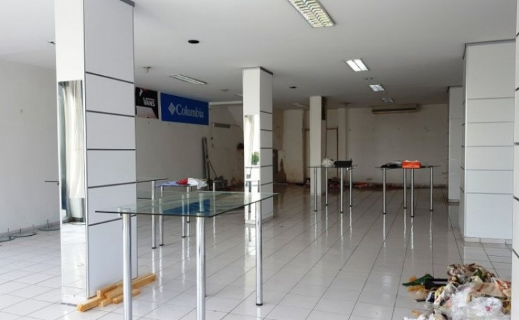 kemer-commercial-store-for-rent-450-m2-on-main-road-big-3