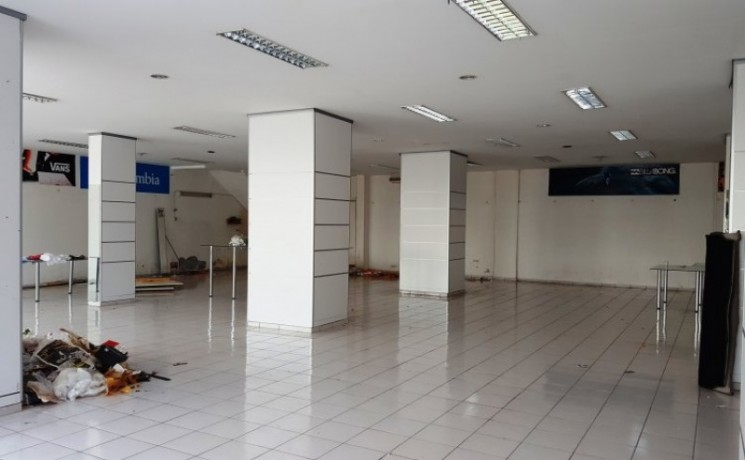 kemer-commercial-store-for-rent-450-m2-on-main-road-big-2