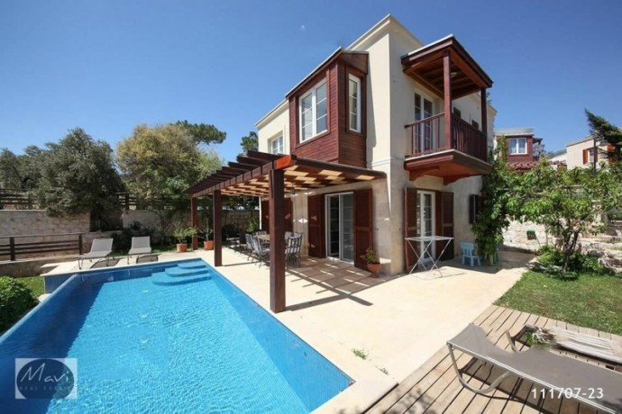 villa-with-private-pool-in-kalkan-big-1