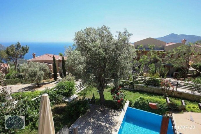 villa-with-private-pool-in-kalkan-big-4
