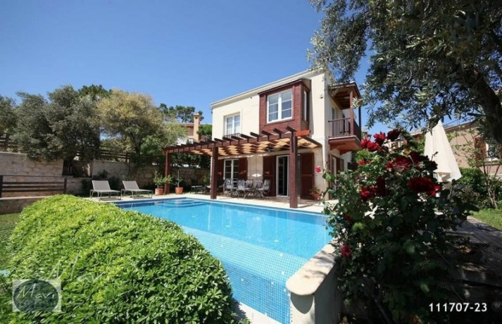 villa-with-private-pool-in-kalkan-big-3