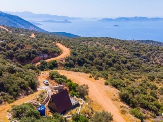 LAND FOR SALE BUNGALOW ON KAS SARIBELEN BEACH