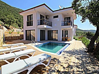 DETACHED 2 + 1 VILLA FOR SALE IN KAS ÇUKURBAĞ VILLAGE