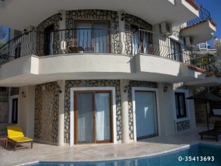 Luxury villa for sale in Kalkan 4 bedrooms 425 m2