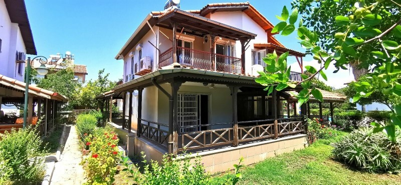 villa-for-sale-on-seafront-site-manavgat-big-2