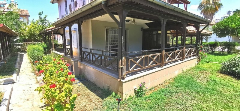 villa-for-sale-on-seafront-site-manavgat-big-3