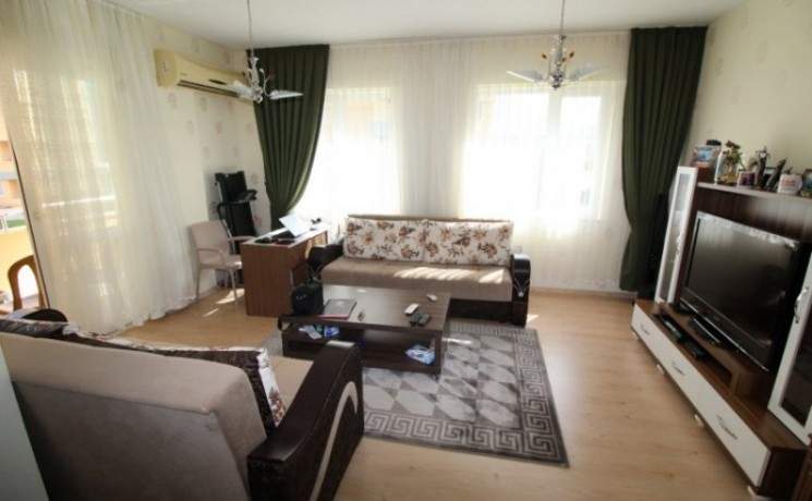cheap-2-bedroom-holiday-apartment-with-sea-view-in-konyaalti-big-4