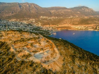 KAŞ Kalkan Hotel land on the sea 40% hotel or 20% villa construction allowed