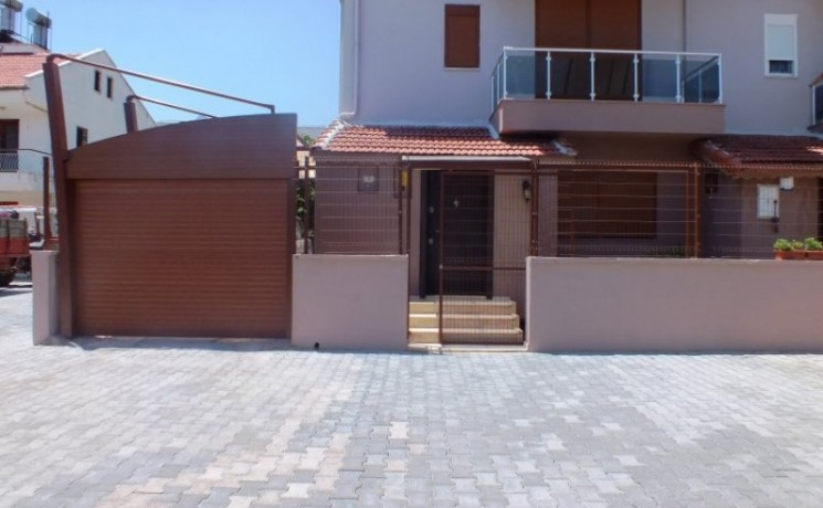 triplex-apartment-with-furniture-in-kemer-town-big-2