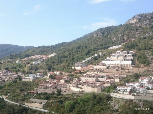 land-for-sale-between-beautiful-mountains-in-alanya-big-3