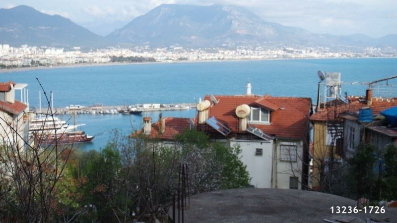 844-m2-valuable-land-for-sale-in-alanya-castle-full-view-big-4