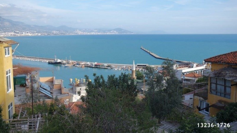 844-m2-valuable-land-for-sale-in-alanya-castle-full-view-big-0