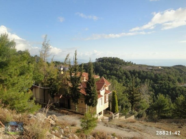 1000-m2-land-with-villa-construction-between-mountains-in-alanya-big-1
