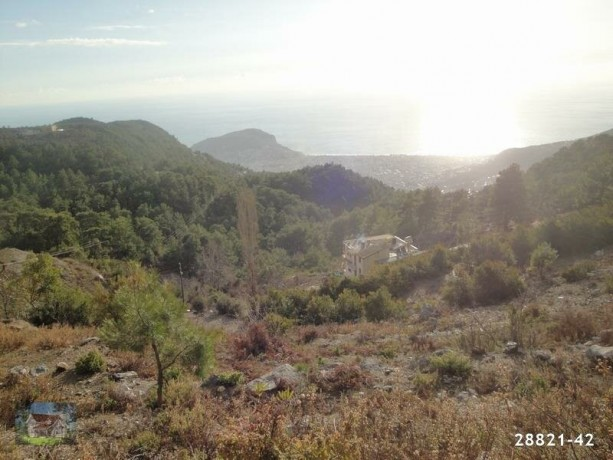 1000-m2-land-with-villa-construction-between-mountains-in-alanya-big-4