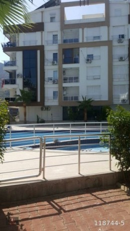 21-apartment-with-pool-and-security-for-sale-big-14