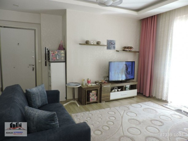 11-and-75m2-apartment-for-sale-in-konyaalti-with-2-balconies-big-2