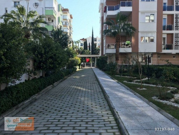 21-apartment-with-a-separate-kitchen-in-konyaalti-antalya-big-7