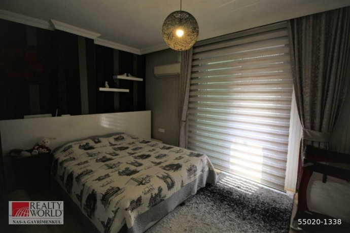 konyaalti-21-apartment-for-sale-with-separate-kitchen-built-inside-big-12