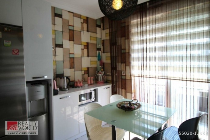 konyaalti-21-apartment-for-sale-with-separate-kitchen-built-inside-big-5