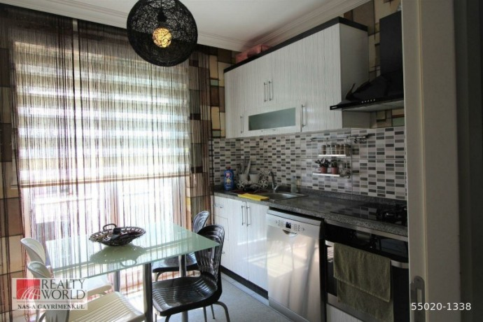 konyaalti-21-apartment-for-sale-with-separate-kitchen-built-inside-big-4