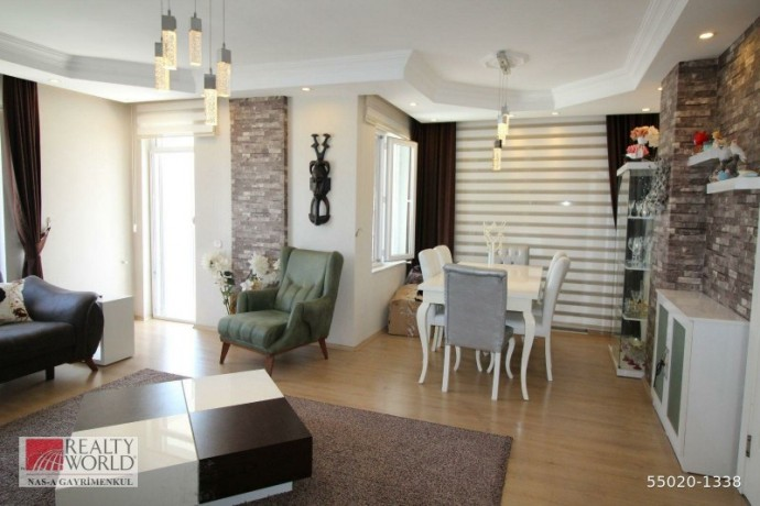konyaalti-21-apartment-for-sale-with-separate-kitchen-built-inside-big-3