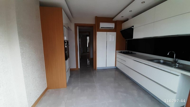 world-famous-konyaalti-beach-in-konaklar-mah-31-luxury-apartment-big-0