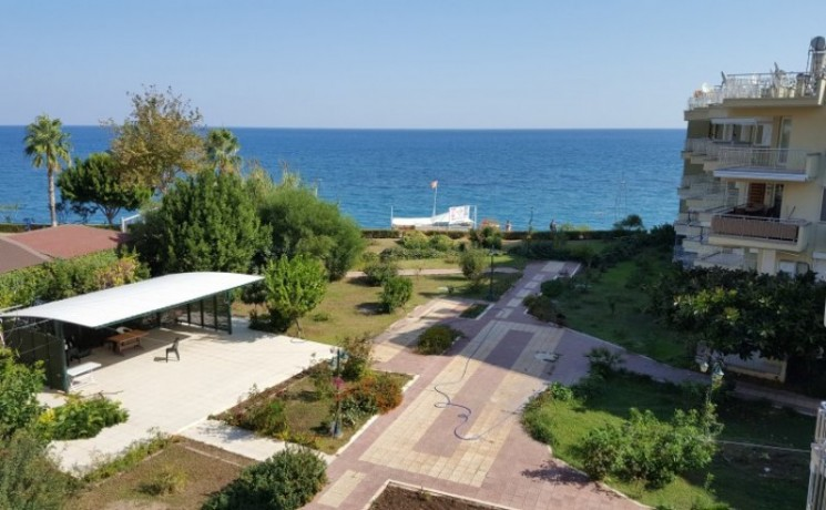 seaview-beach-apartment-for-sale-in-kemer-marina-big-3