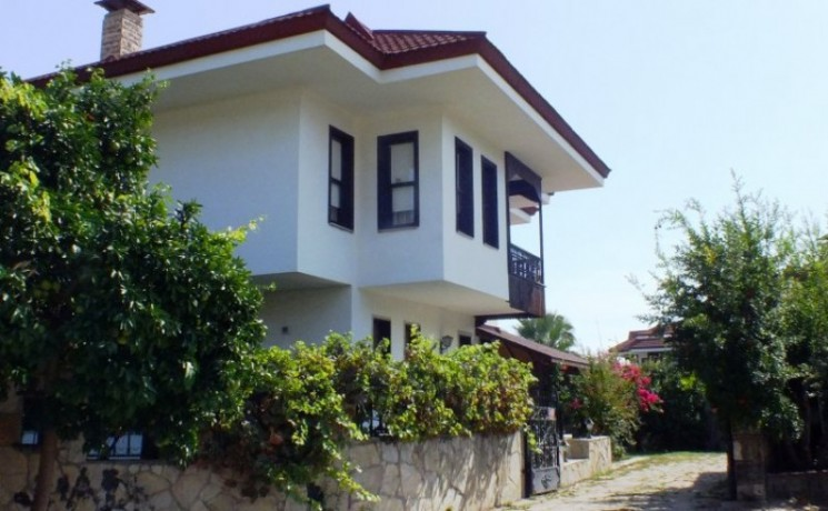mediterranean-5-bedroom-detached-villa-beach-kemer-big-1