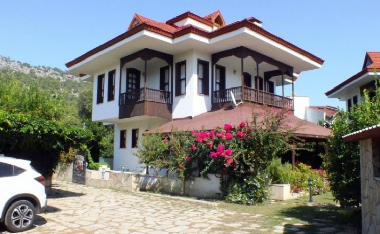 mediterranean-5-bedroom-detached-villa-beach-kemer-big-2