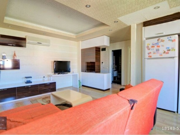 2-1-furnished-apartment-on-the-floor-on-the-site-with-a-pool-available-for-full-credit-big-5