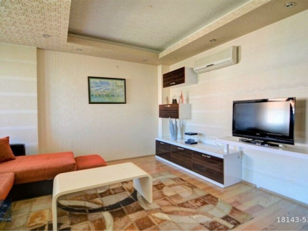 2-1-furnished-apartment-on-the-floor-on-the-site-with-a-pool-available-for-full-credit-big-3