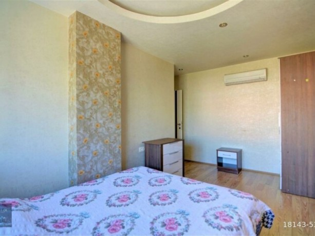 2-1-furnished-apartment-on-the-floor-on-the-site-with-a-pool-available-for-full-credit-big-7