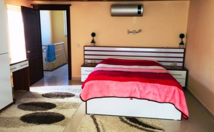 kemer-house-for-sale-with-pool-in-town-center-big-5