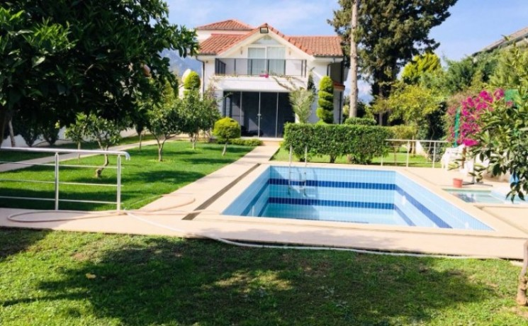 kemer-house-for-sale-with-pool-in-town-center-big-2