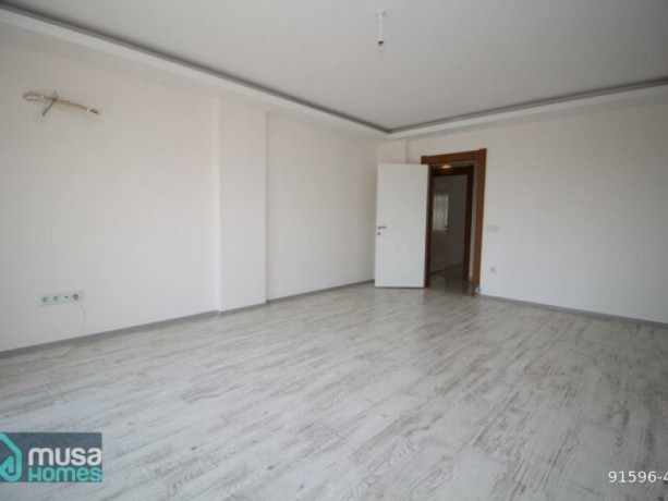 31-luxury-apartment-with-separate-kitchen-for-sale-in-alanya-buyukhasbahcede-big-5