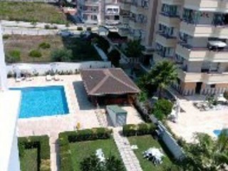 Emergency sale 2 + 1 furnished Pool 300 meters to the Alanya beach