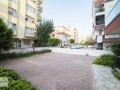 theres-no-bigger-apartment-in-the-square-62-320-m2-small-2