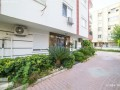 theres-no-bigger-apartment-in-the-square-62-320-m2-small-0