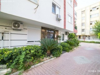 THERE'S NO BIGGER APARTMENT IN THE SQUARE! 6+2 - 320 M2