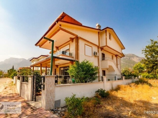 6-bedrooms-detached-villa-for-sale-in-antalya-kemer-goynuk-big-12