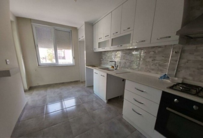 21-apartment-for-sale-with-elevator-in-kiziltoprak-big-3