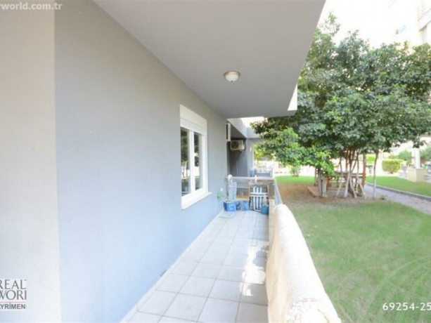 11-high-entrance-for-sale-in-konyaalti-in-site-with-pool-close-to-beach-big-4