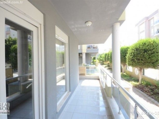 11-high-entrance-for-sale-in-konyaalti-in-site-with-pool-close-to-beach-big-12