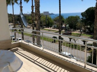 ANTALYA SEASIDE LUXURY APARTMENT FOR SALE WITH SEA VIEW IN BAHÇELIEVLER