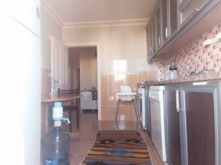 APARTMENT FOR SALE ON FLOOR WITH SEPARATE KITCHEN BEHIND ASAT IN GÜLVEREN