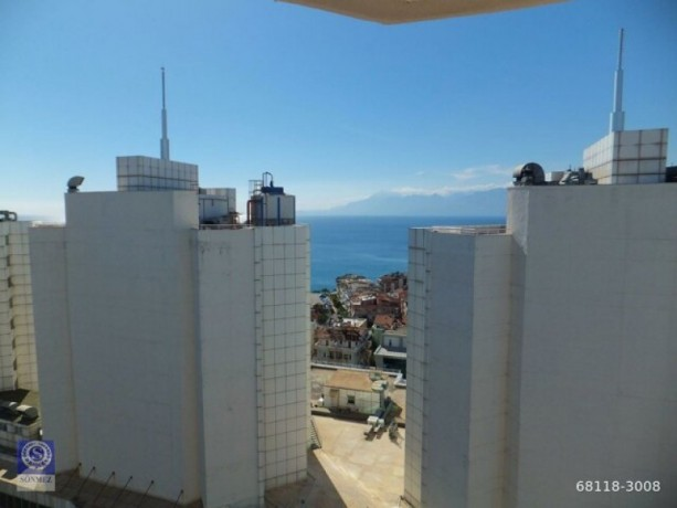41-luxury-apartment-with-sea-view-near-laura-in-fener-big-5